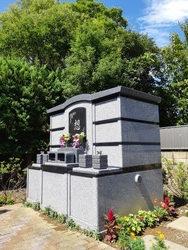 土に還れる樹木型永代供養墓(杜のひかり)